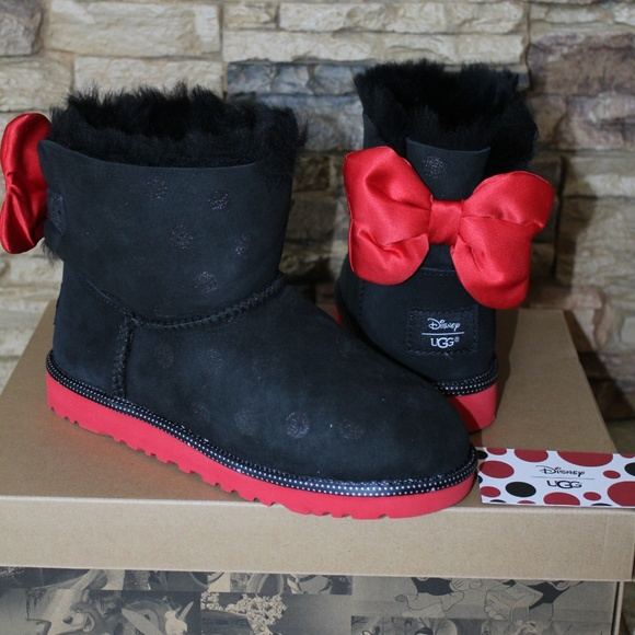 698d61f71e6 UGG DISNEY SWEETIE Bow MINNIE MOUSE Boots NEW! Boutique